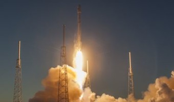 SpaceX launches Falcon 9