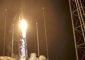 Antares launches ISS cargo