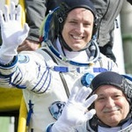 Pair head to ISS