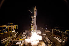 Atlas V lifts spy satellite